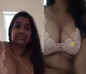 amil housewife Jaya records her naked body on mobile for her illegal bf