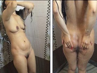 Hot Indian Wife Bathing Nude Captured By Hubby