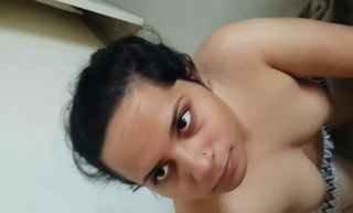 Indian sexy bhabhi mind blowing suck