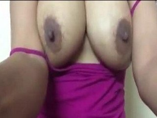 Desi aunty boob show