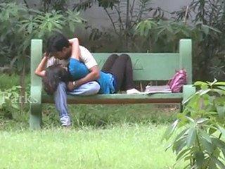 Banglore Public Park Romancing Video