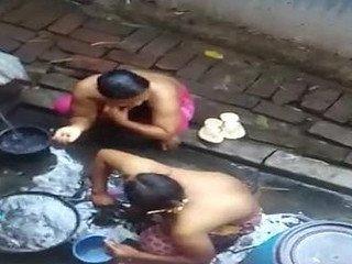 Desi aunties bath capture outdoors