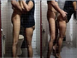 Today Exclusive-Horny Desi Couple Romance and Fucked In Bathroom