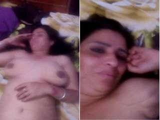 Exclusive- Horny Desi Cheating Wife Hard Fucked By hubby Friend
