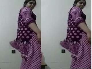 Today Exclusive- Sexy Paki Girl Changing Her Cloths part 2