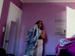 Aunty change her cloth