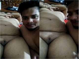 Today Exclusive- Desi Guy Romance With Aunty