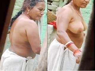 Today Exclusive- Mature Aunty Out door cloths wearing  Record in Hidden Cam