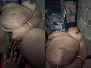 Today Exclusive – Sexy Desi Rani Boudi Blowjob and Ridding Dewar Dick Part 1
