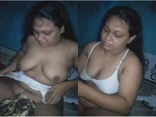 Today Exclusive- Desi Bhabhi  Blowjob and Record Her Boobs Video Part 2