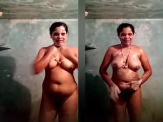 Today Exclusive- Tamil Bhabhi Record her Bathing Video Part 2
