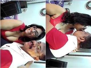 First On Net – Famous Desi Couple Bhabhi Boobs Sucking and Fingerring Cam Show Part 4