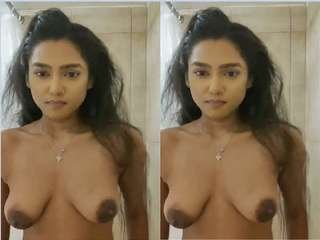 Today Exclusive- Sexy Desi GF Record Bathing Clip For Lover  part 1