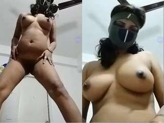 Today Exclusive- Sexy Desi Girl Showing Boobs and Pussy