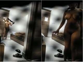 Today Exclusive- Super Hot Look Telugu Cheating Wife Sex With Boss and Boos Sum On her Pussy