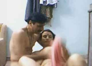 Desi mature wife blowjob n hubby sucking wife pussy