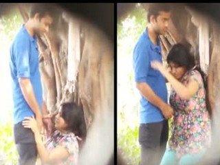 Desi couple caught outside girl giving blowjob