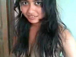Beautiful Bengali Girl Monisha Bormon Leaked MMS