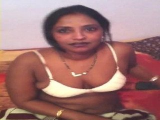 Bhabhi wid Neighbour Leaked Clip with Hindi Audio