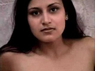 sexy bhabhi showing her boobs pussy