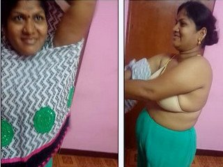 Chennai aunty in bra and panty