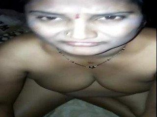 Telugu aunty fucked at night