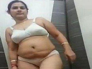 Desi Mom Get Nude For Boyfriend