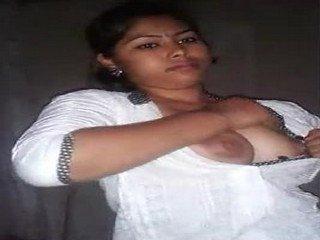 Indian Assam cute Girl Sex Scandal