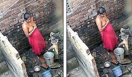 Big Boob Desi Bhabhi Bathing Caught by Hidden Cam