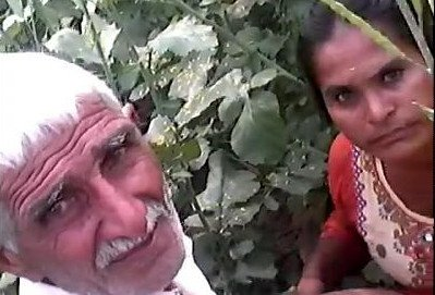 Desi grandpa outdoor fucking caught
