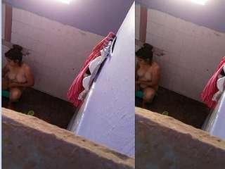 Today Exclusive- Sexy Desi Girl bathing Capture By Hidden Cam