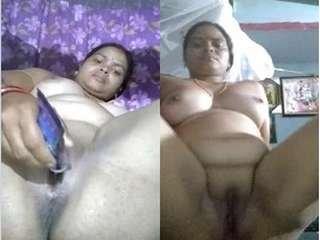 Today Exclusive- Horny Desi Bhabhi Masturbating with Amazing Expression