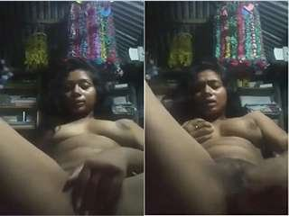 Today Exclusive- Horny Desi Girl Showing Nude Body