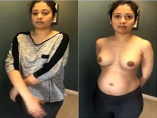 Today Exclusive- Sexy Tamil Wife Showing Boobs