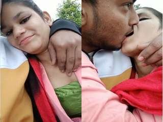 Today Exclusive- Hot Desi Lover OutDoor Kissing and Romance