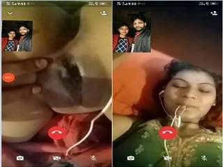 Today Exclusive- Sexy Bhabhi Showing Her Boobs and Pussy On Video Call Part 1