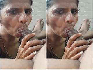 Today Exclusive- Desi Randi Bhabhi Sucking Dick Part 2