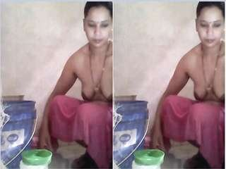 Today Exclusive- Bihari Bhabhi Record Her Bathing Video For Lover Part 3