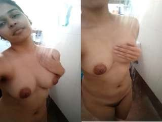 Today Exclusive- Sexy Desi Girl Record Nude Selfie