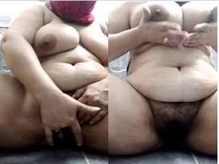 Today Exclusive- Sexy Paki Bhabhi Fingering