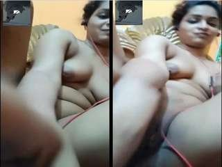 Today Exclusive- Sexy Desi Girl Fingering
