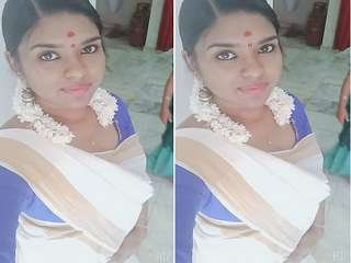 Today Exclusive- Sexy mallu Girl Showing Her Big Boobs and Wet Pussy part 1