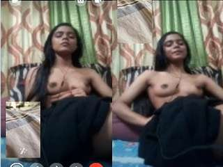 Today Exclusive-Cute Desi Girl Showing Her Boobs on Video Call Part 1