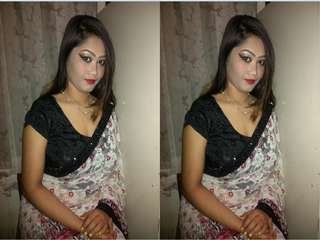 Today Exclusive- Hot Desi Girl Romance With Lover