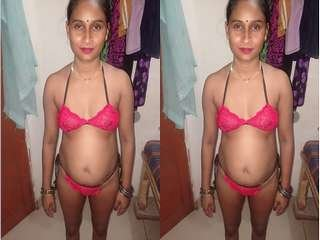 Today Exclusive- Sexy Desi Bhabhi In Bra panty part 2
