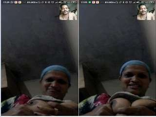 Today Exclusive- Tamil Aunty Showing Boobs to Lover On Video Call