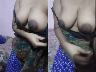 Today Exclusive- Tamil Girl Showing Her Boobs Part 2