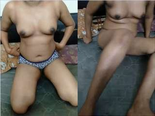 Today Exclusive- Sexy Figure Wife Strip her Cloths and Ready for Sex