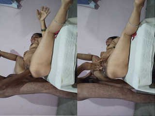 Today Exclusive – Desi Cpl Blowjob and Fingering