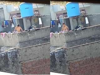 Today Exclusive- Desi Girl OutDoor Bathing Record in Hidden Cam